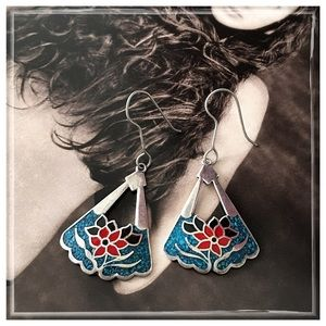 Vintage Sterling Silver Inlaid Turquoise Earrings